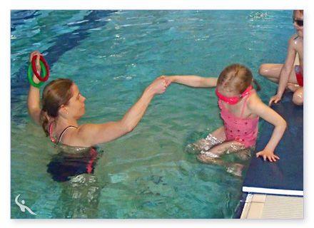 Kleinkinder Schwimmtraining