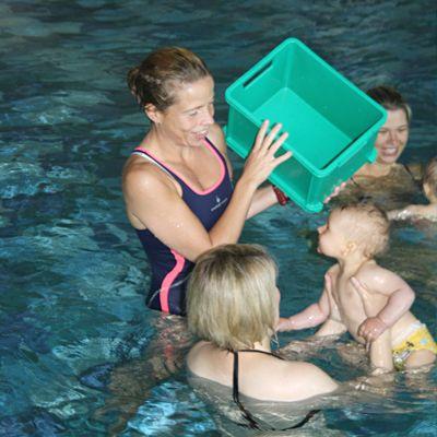 Baby Wassergewöhnung