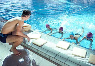 Wie lernen Kinder Schwimmen